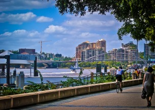 Keeping cyclists and pedestrians alike away from the Brisbane River.
